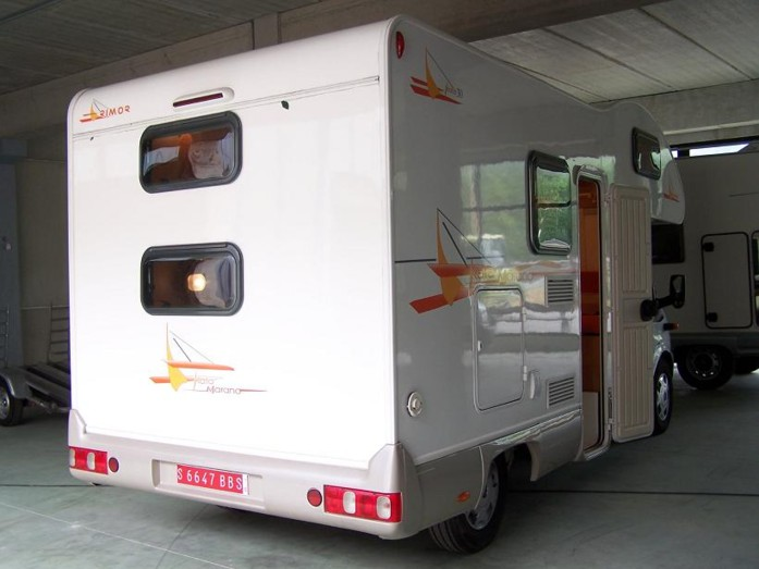 Campingbus Etagenbett : Campingbus etagenbett mercedes sprinter wohnmobil cs