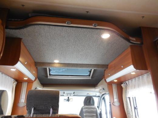 knaus sky wave 650 mf moderner 18492258. Black Bedroom Furniture Sets. Home Design Ideas
