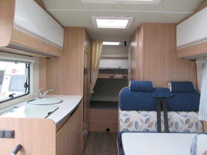 Etagenbett Wohnmobil : Sunlight a wohnmobil mit etagenbett campanda