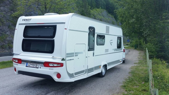 Wohnwagen Mit Etagenbett Fendt : Wohnwagen etagenbett fendt: fendt saphir 550 für 5