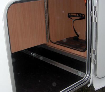 luxus pur f r 4 personen hubbett und 71917436. Black Bedroom Furniture Sets. Home Design Ideas
