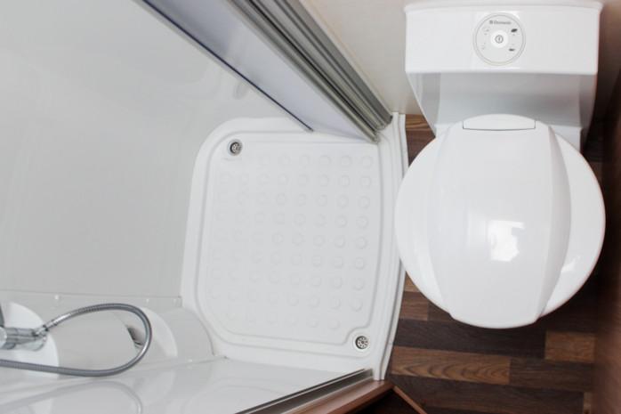 alkovenwohnmobil knaus sky traveller 500 d 76649015. Black Bedroom Furniture Sets. Home Design Ideas