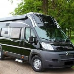 Campingbus Frontansicht