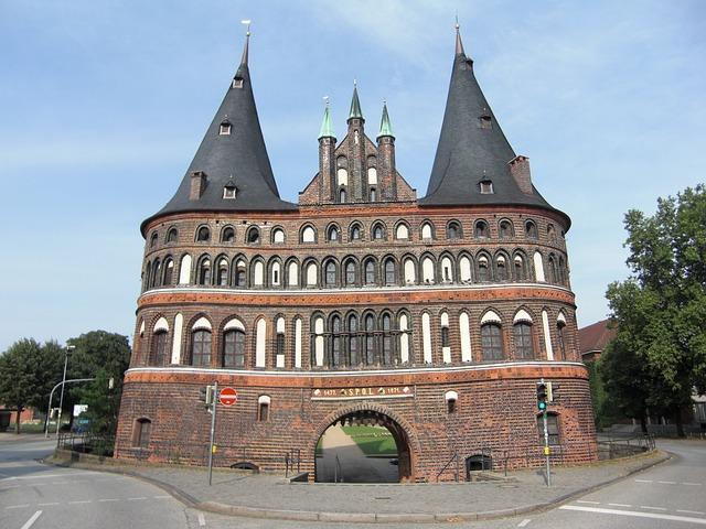 Lübecker Holsteintor