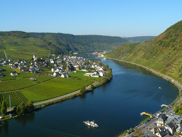 Das Moseltal in der Pfalz