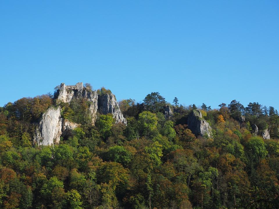 Ruine im Neandertal