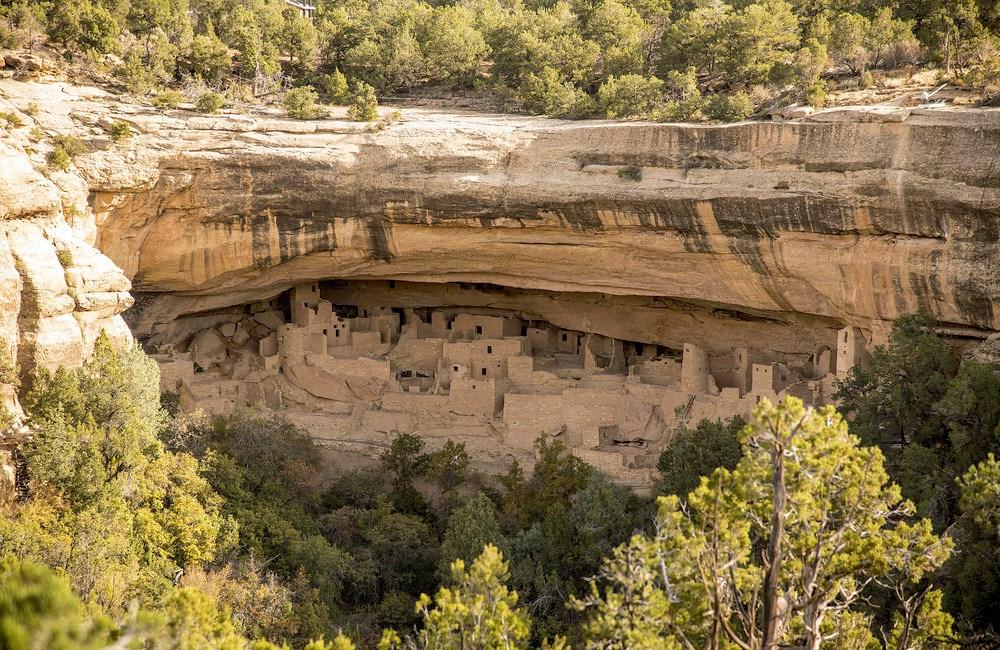 Von den Anasazi gebauten Felsenwohnunen im Mesa Verda National Park.