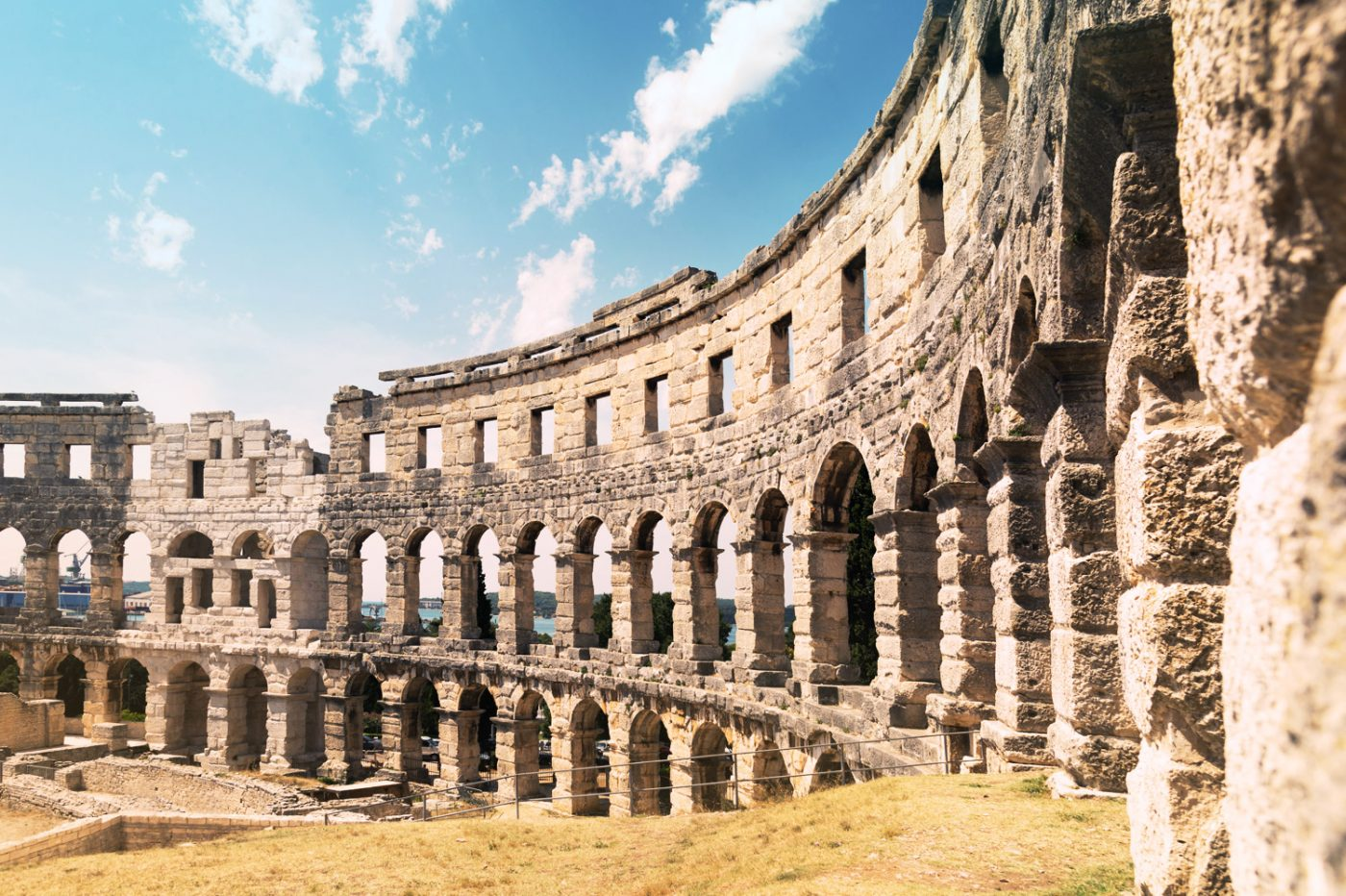 Das Amphitheater in Pula.