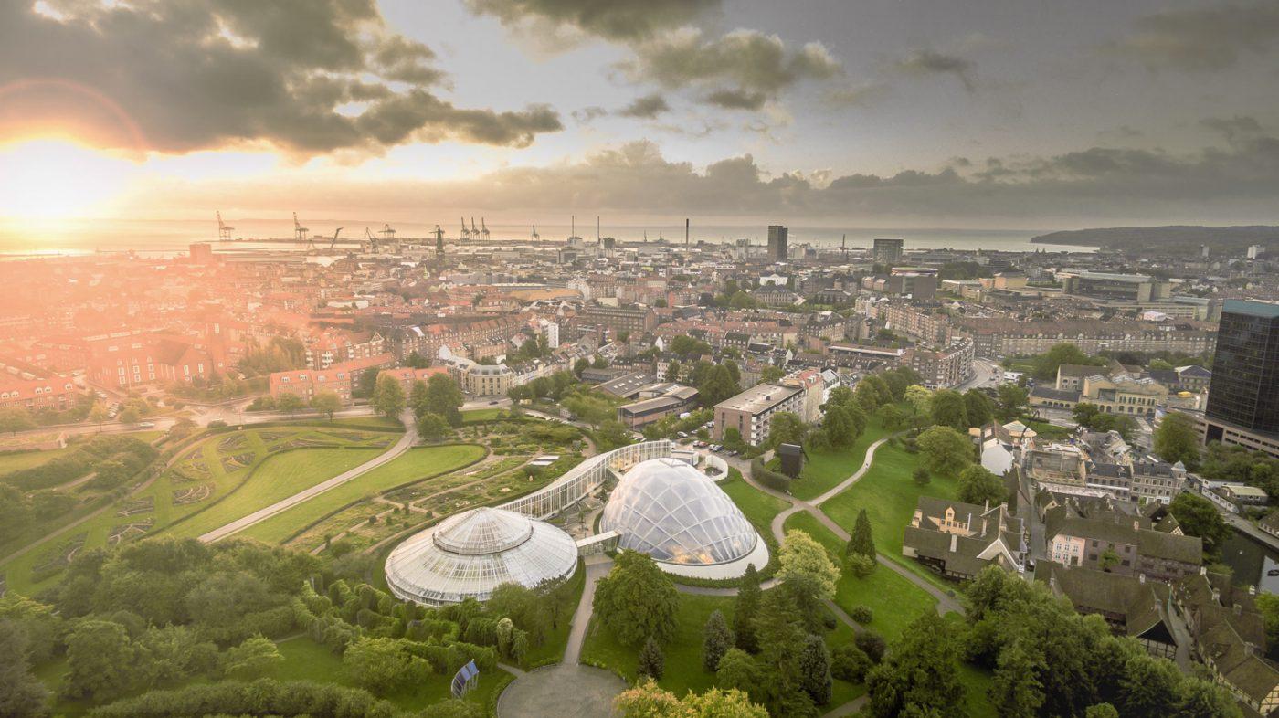 Der Blick aus der Vogelperspektive auf Aarhus, Dänemark.