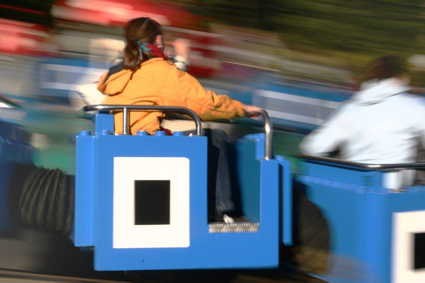 Ein Fahrgeschäft im Legoland in Dänemark.